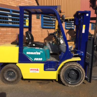 Komatsu 3000kg Diesel truck